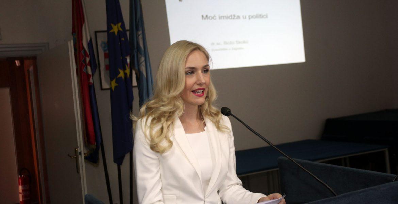 Edukacija mladih o političkoj komunikaciji i odnosima s javnošću