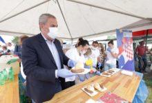 Kandidati s liste II izborne jedinice predvođeni predsjednikom stranke gospodinom Milanom Bandićem u posjeti Sesvetskom sajmu