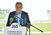 Press konferencija 365 Stranke rada i Solidarnosti na temu : Izborni zakon i Zakon o izbornim jedinicama.